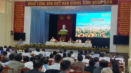PTTg Vuong Dinh Hue khuyen: 'Dau tu cho kinh te tap the chi co lai' - Anh 2