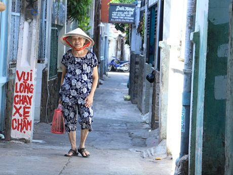 Hem Sai Gon ke chuyen 'dac san': Me hon tran bat quai o thanh pho 'ma' - Anh 4