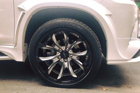 Xe sang Lexus LX570 gia 8 ty 'do khung' tai Sai Gon - Anh 3