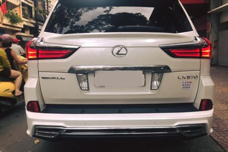 Xe sang Lexus LX570 gia 8 ty 'do khung' tai Sai Gon - Anh 6
