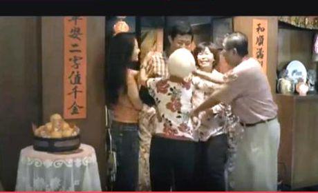 Ban se khoc khi xem clip: Hay nang niu hanh phuc! - Anh 1