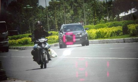 Cong an dua ra bang chung xe cho Tuong Liem qua toc do - Anh 3