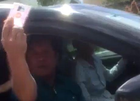 Cong an Can Tho bao cao Bo vu trung tuong nghi huu mang CSGT - Anh 1