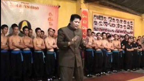 Dai su Nam Anh bat ngo co mat o Viet Nam de giai quyet 'an oan' voi Huynh Tuan Kiet? - Anh 1