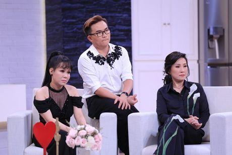 Thoi ngheo kho, Minh Khang phai moi tien trong heo dat cua con de di cho - Anh 4