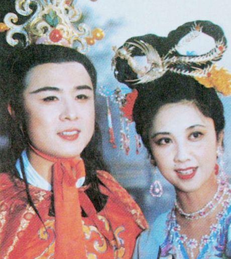 Thuc hu chuyen Tay Luong nu vuong 20 nam le bong doi Duong Tang - Anh 5