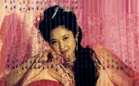 Thuc hu chuyen Tay Luong nu vuong 20 nam le bong doi Duong Tang - Anh 8