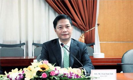 Bo truong Bo Cong Thuong tra loi tap chi cua Phap ve EVFTA - Anh 1