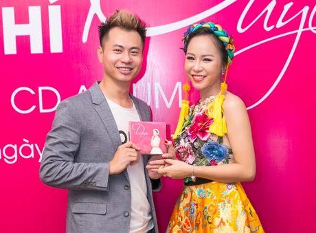 Hong Duyen- giai Nhi Sao Mai dong dan gian ra album dau tay - Anh 2