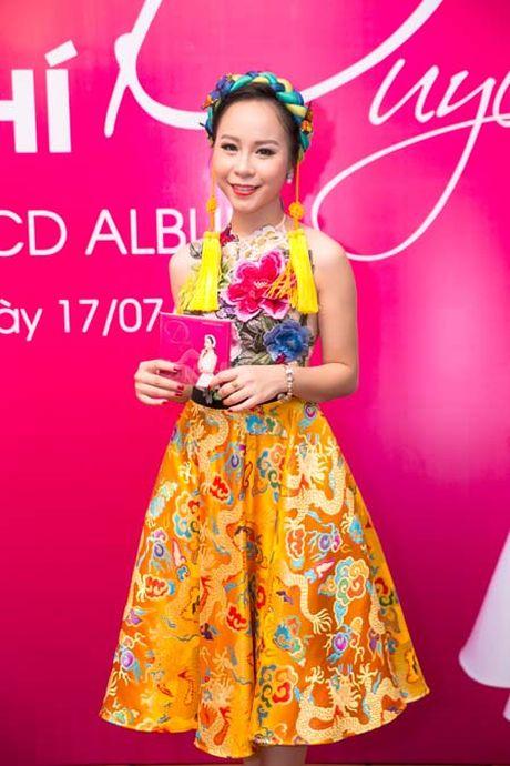 Hong Duyen- giai Nhi Sao Mai dong dan gian ra album dau tay - Anh 3