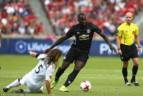 Man United 2-1 Real Salt Lake: Phat sung dau cua Lukaku - Anh 3