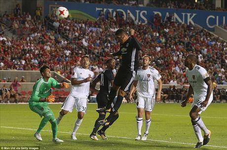 Man United 2-1 Real Salt Lake: Phat sung dau cua Lukaku - Anh 4