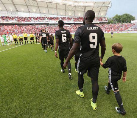 Real Salt Lake 1-2 Man United: Ngay dang quen cho Valencia - Anh 1