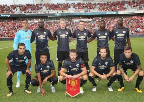 Real Salt Lake 1-2 Man United: Ngay dang quen cho Valencia - Anh 2