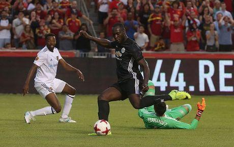 Real Salt Lake 1-2 Man United: Ngay dang quen cho Valencia - Anh 5