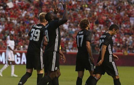 Real Salt Lake 1-2 Man United: Ngay dang quen cho Valencia - Anh 6