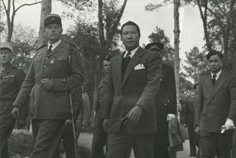 Anh doc ve cuu hoang Bao Dai o Lang Son nam 1950 - Anh 5