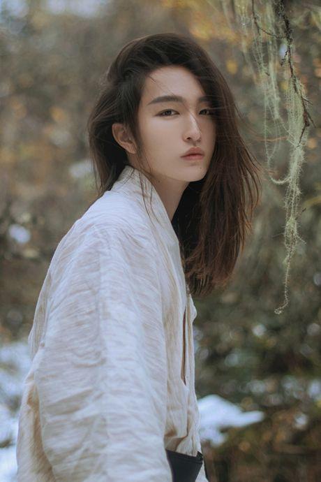 Chang trai Trung Quoc gay choang voi ve dep phi gioi tinh - Anh 10