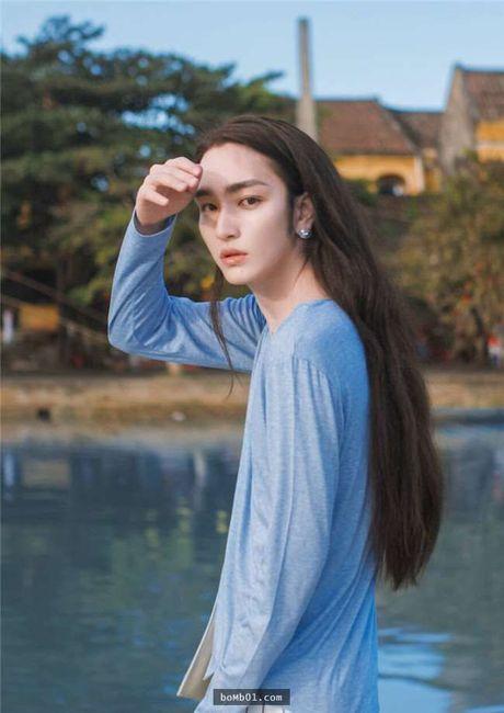 Chang trai Trung Quoc gay choang voi ve dep phi gioi tinh - Anh 3