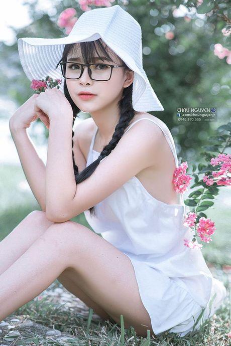 Gai xinh Tuyen Quang khoe lung tran nuot na ben hoa tuong vi - Anh 7