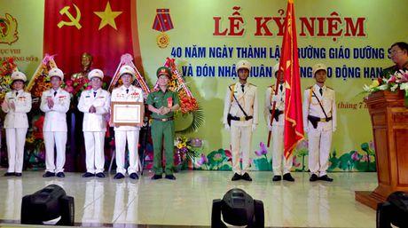 Truong Giao duong so 3 don nhan Huan chuong Lao dong hang Ba - Anh 1