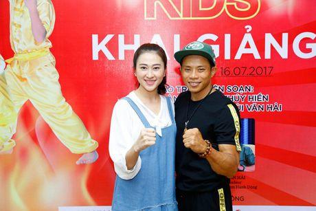 'Co gai vang Wushu' Thuy Hien tu tin do nhan sac U40 cung MC Thuy Trang - Anh 11
