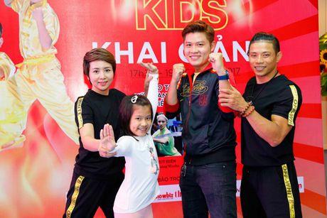 'Co gai vang Wushu' Thuy Hien tu tin do nhan sac U40 cung MC Thuy Trang - Anh 1