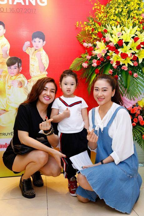'Co gai vang Wushu' Thuy Hien tu tin do nhan sac U40 cung MC Thuy Trang - Anh 7