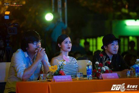 'Hot girl cover mang xa hoi' thanh quan quan tai nang dai hoc FPT mua dau tien - Anh 3