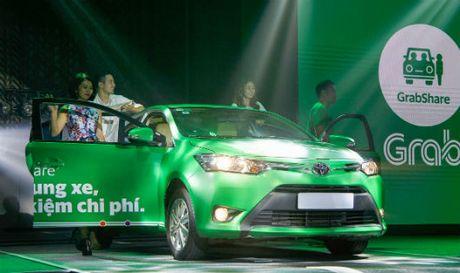 Khong bat binh dang ve thue giua taxi truyen thong voi Grab, Uber - Anh 1