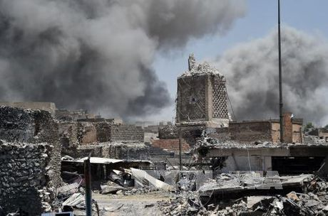 Iraq tieu diet 30 ten IS van tron trong hang o o Tay Mosul - Anh 1