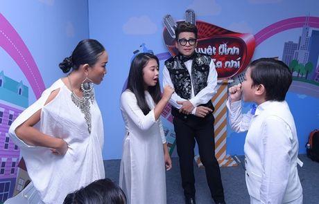 Son Tung M-TP cho hoc tro Doan Trang hat mien phi hit 'Lac troi' - Anh 2