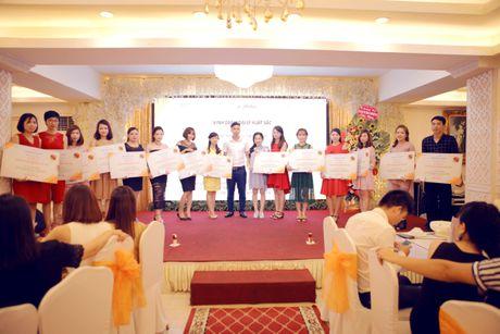 Su kien vinh danh dai ly xuat sac team Ngoan Thao tai Xanh Palace - Anh 2