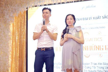 Su kien vinh danh dai ly xuat sac team Ngoan Thao tai Xanh Palace - Anh 3