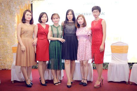 Su kien vinh danh dai ly xuat sac team Ngoan Thao tai Xanh Palace - Anh 5