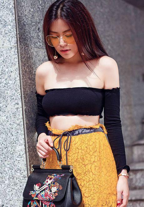 Nhung bo do khoe than hinh goi cam nhat cua Hoang Thuy Linh - Anh 4