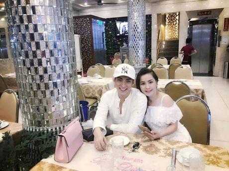 Phi Thanh Van vua khoe anh sau 'dao keo toan than', Thuy Oanh ke chuyen tinh voi Bao Duy - Anh 1