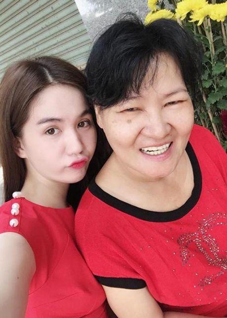 Ngoc Trinh bi che hon lao khi goi thang ten me ke la Sau Phuong - Anh 1