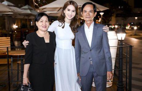 Ngoc Trinh bi che hon lao khi goi thang ten me ke la Sau Phuong - Anh 6