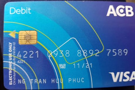 Khach hang to bi danh cap 50 trieu dong trong the ATM - Anh 1