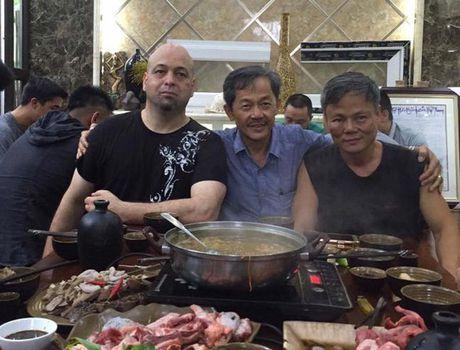 Khong co quy dinh nao ngan can Huynh Tuan Kiet giao dau mon do Vinh Xuan Nam Anh Flores - Anh 1