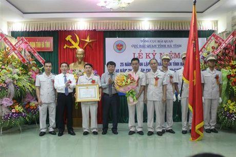 Hai quan Ha Tinh vinh du don nhan Huan chuong Lao dong hang Nhi - Anh 2