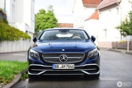 Chiem nguong ve dep cua xe sieu sang Mercedes-Maybach S650 Cabriolet tren duong pho - Anh 3