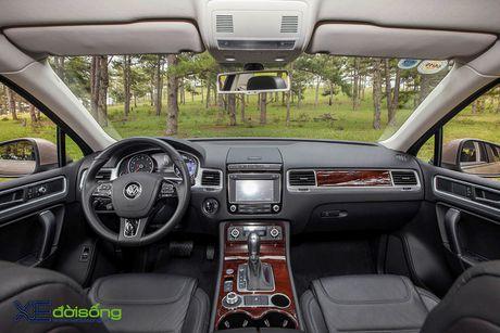 Danh gia SUV sang VW Touareg: kho co the che dang cap xe Duc! - Anh 17