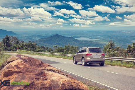 Danh gia SUV sang VW Touareg: kho co the che dang cap xe Duc! - Anh 21