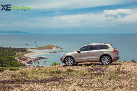 Danh gia SUV sang VW Touareg: kho co the che dang cap xe Duc! - Anh 3