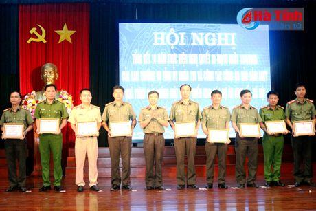 Luc luong cong an dong vai tro quan trong trong giai phong mat bang - Anh 2