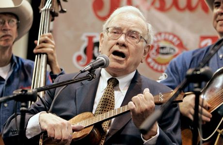 Ti phu Warren Buffett: CEO hang dau the gioi - Anh 3
