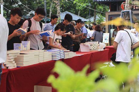 'Sapiens: Luoc su ve loai nguoi' - Cuon sach dang doc ve 70.000 nam lich su - Anh 2