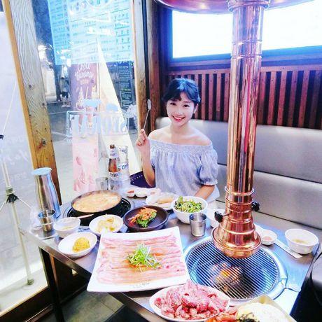 Quan thit nuong 'khong ngung hot' nho Song Joong Ki - Song Hye Kyo - Anh 11
